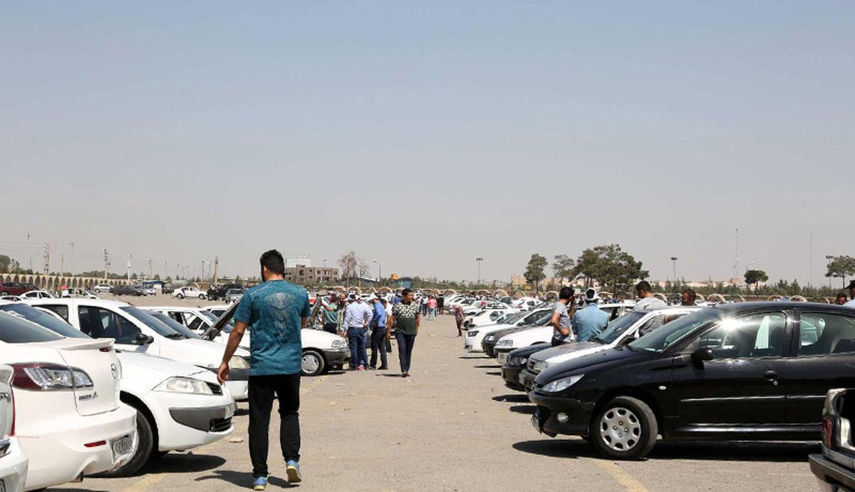 قیمت روز انواع خودرو در بازار دوشنبه 18 اسفند + جدول